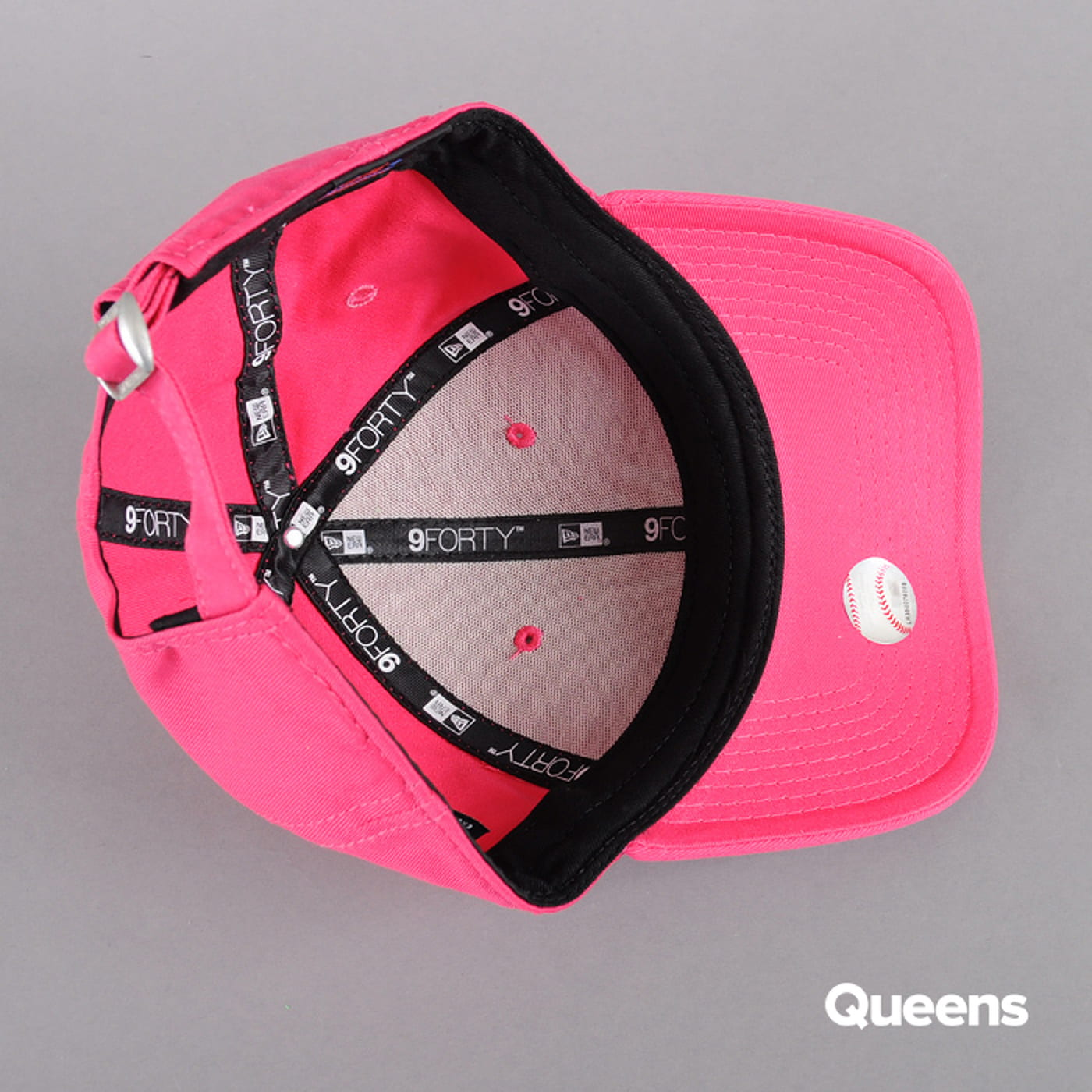 New Era WMNS Fash Ess 9Forty NY pink / white