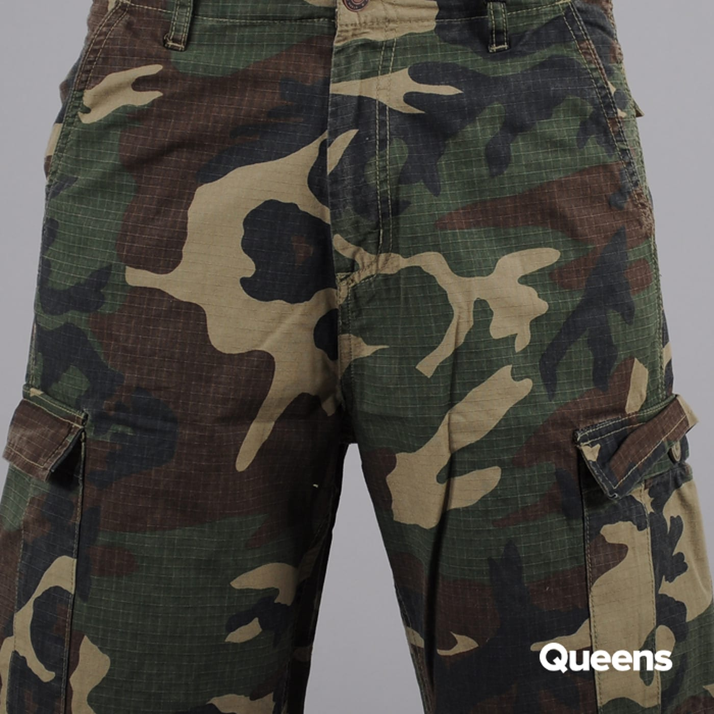 Urban Classics Camouflage Cargo Shorts camo zelené