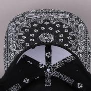 Yupoong Bandana Snapback čierna / biela