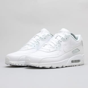 9391bad31e5a9 Nike Air Max 90 – Queens 💚