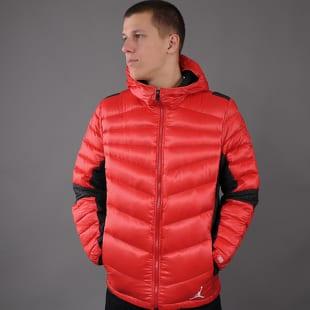 a5b62061951 Pánská zimní bunda Jordan Jordan Hyperply Jacket – Queens 💚