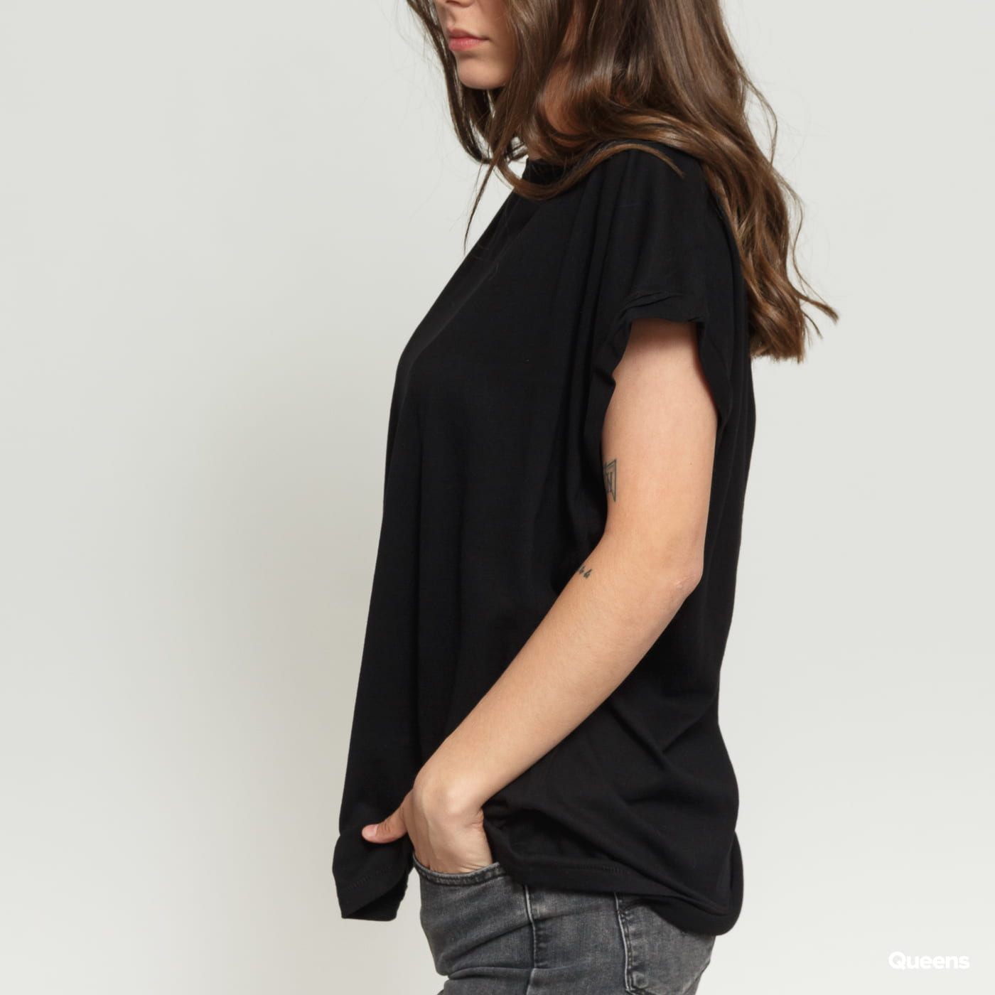 Urban Classics Ladies Extended Shoulder Tee black