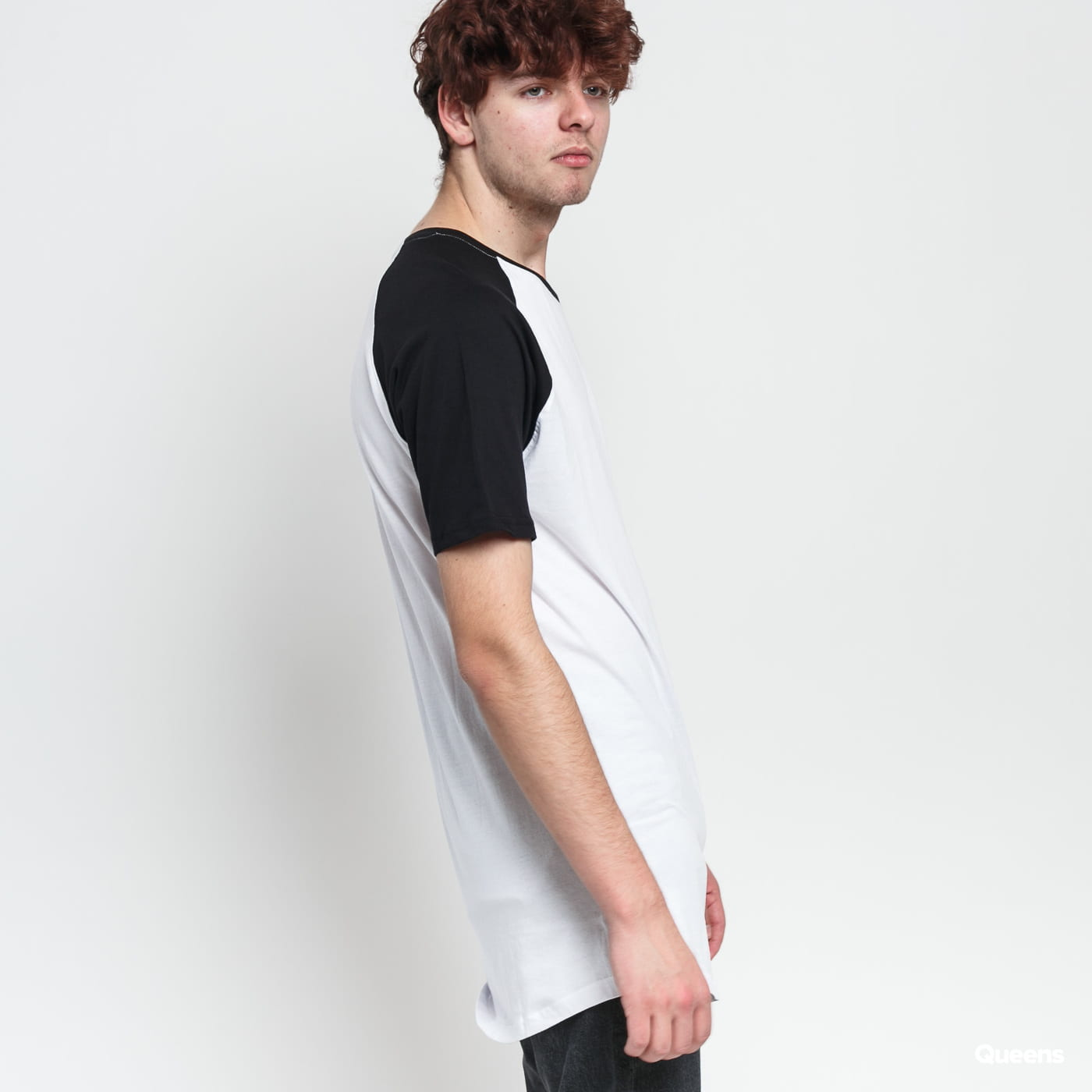 Urban Classics Shaped Raglan Long Tee white / black