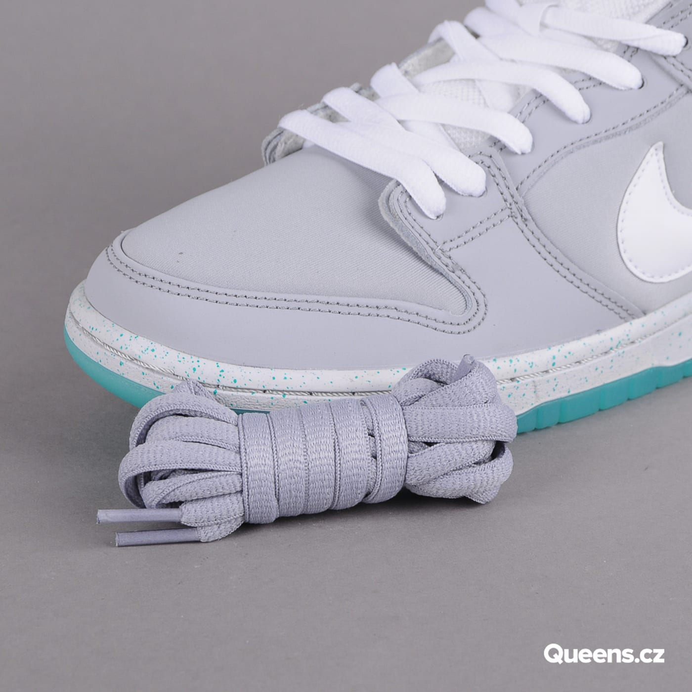 "Nike Nike Dunk Low Premium SB ""Marty McFly"" wolf grey / white - lt retro"