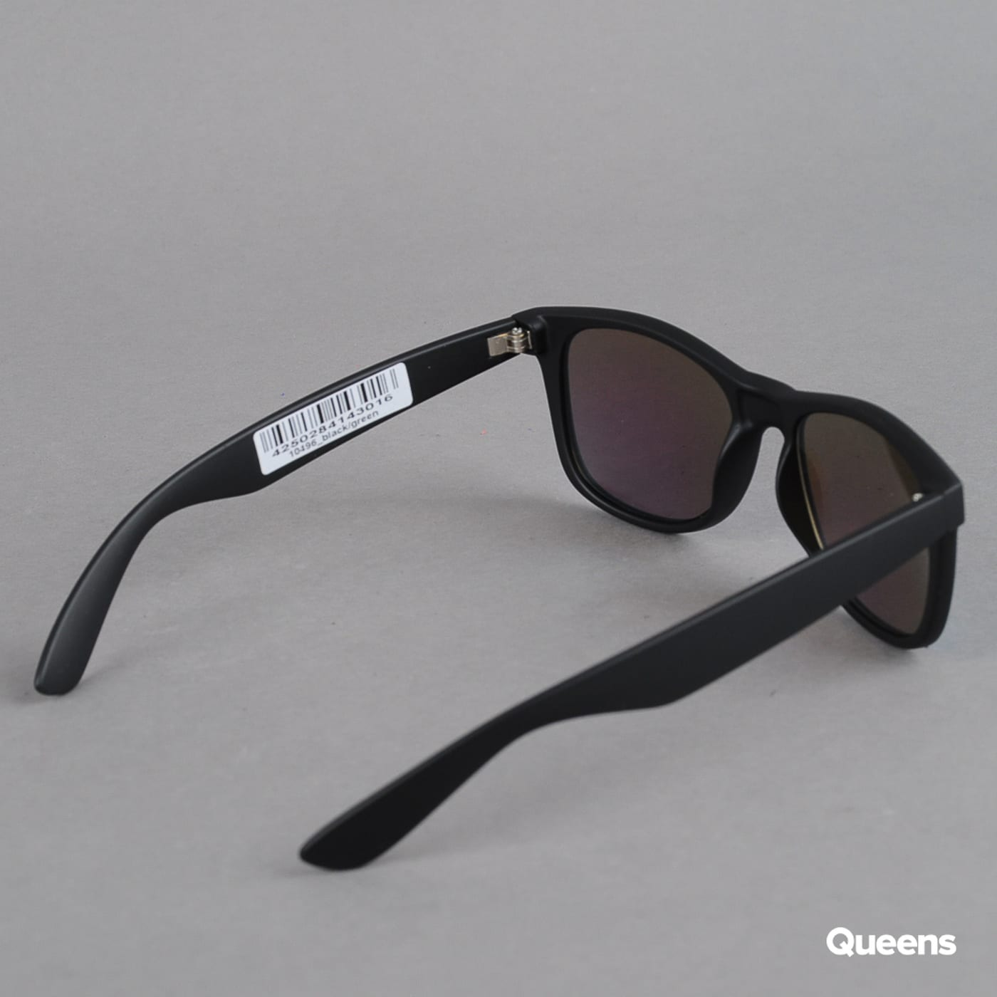MD Sunglasses Likoma Mirror black / green