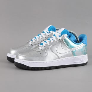 Nike WMNS Air Force 1 07 Premium QS