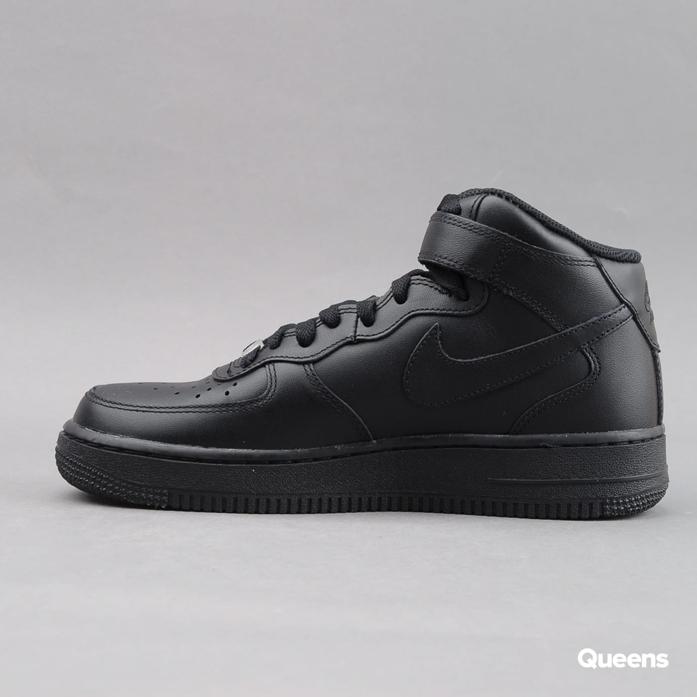 Nike WMNS Air Force 1 Mid '07 LE black / black