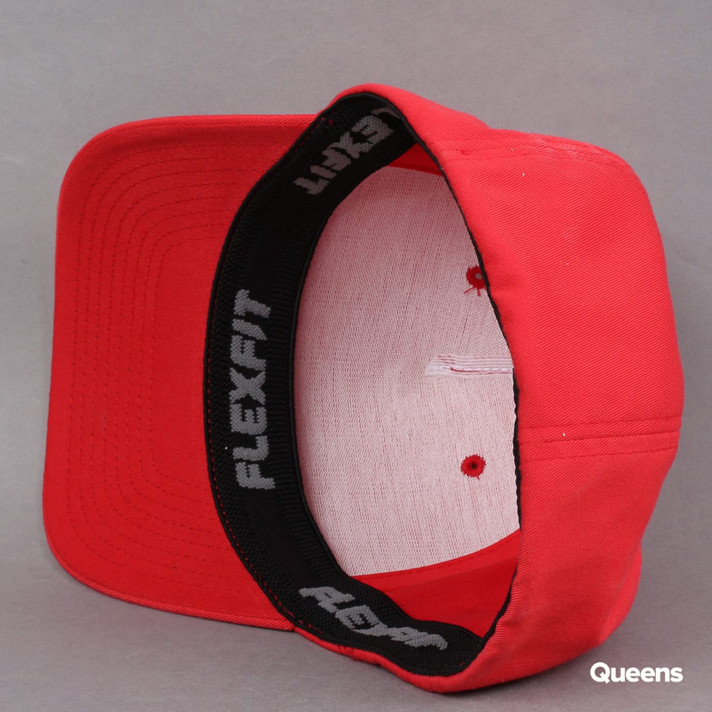 Yupoong Flexfit 5 Panel red
