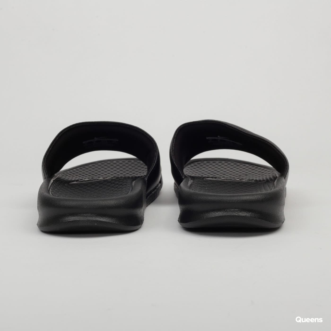 Nike Benassi JDI black / white