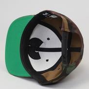 Yupoong Wu-Wear Camo Logo Cap camo zelená / zelená