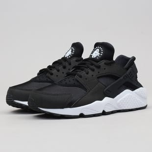 Nike WMNS Air Huarache Run b5236c97f82