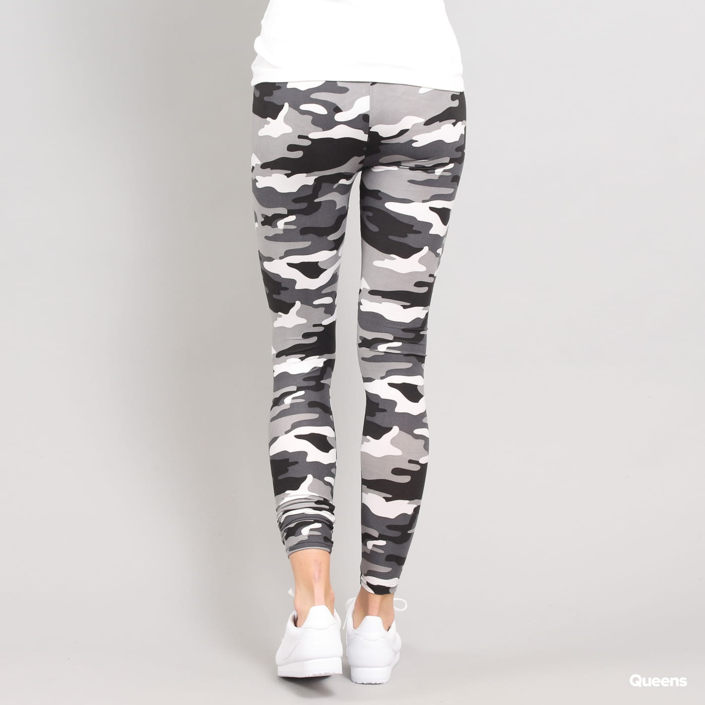 Urban Classics Ladies Camo Leggings camo weiß / schwarz / grau
