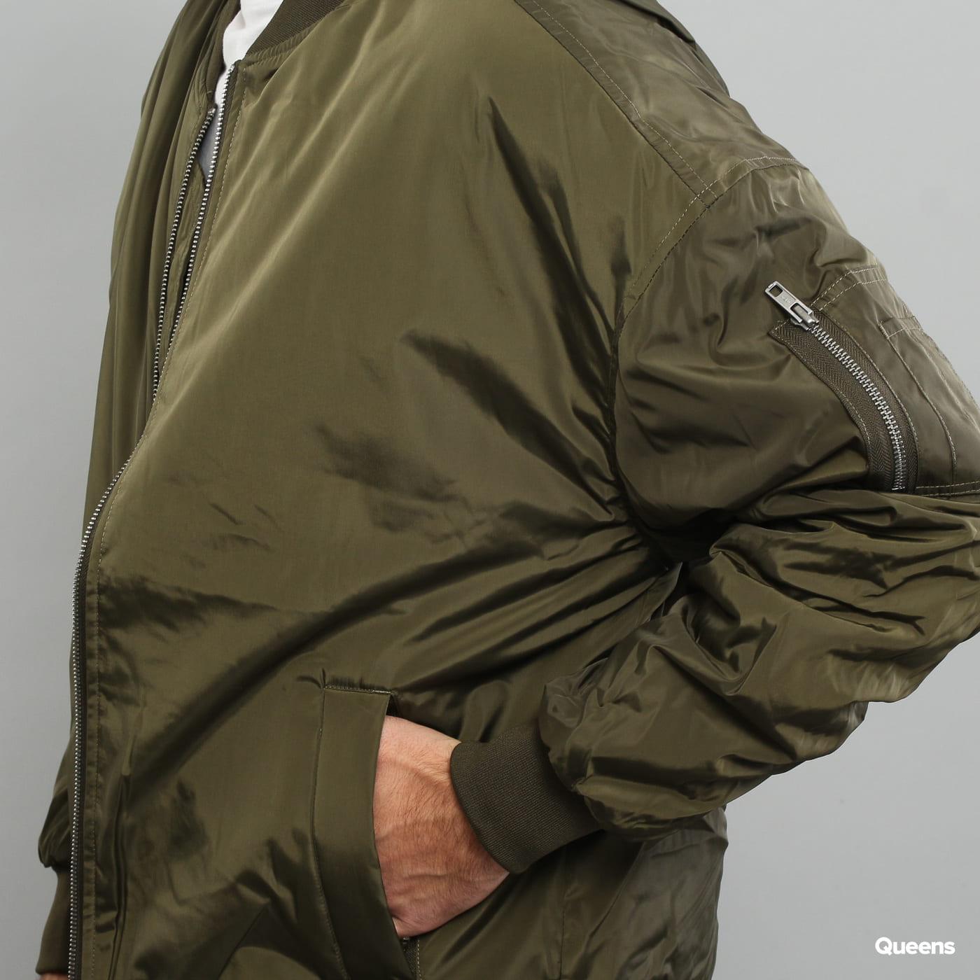 Urban Classics Oversized Bomber Jacket dunkeloliv