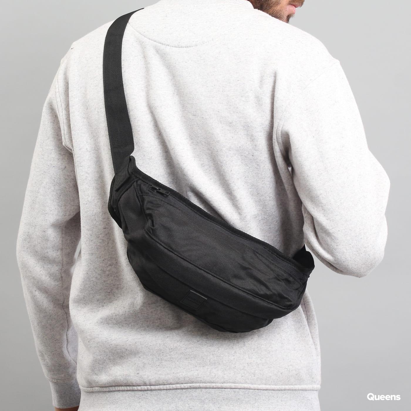 Urban Classics Shoulder Bag schwarz