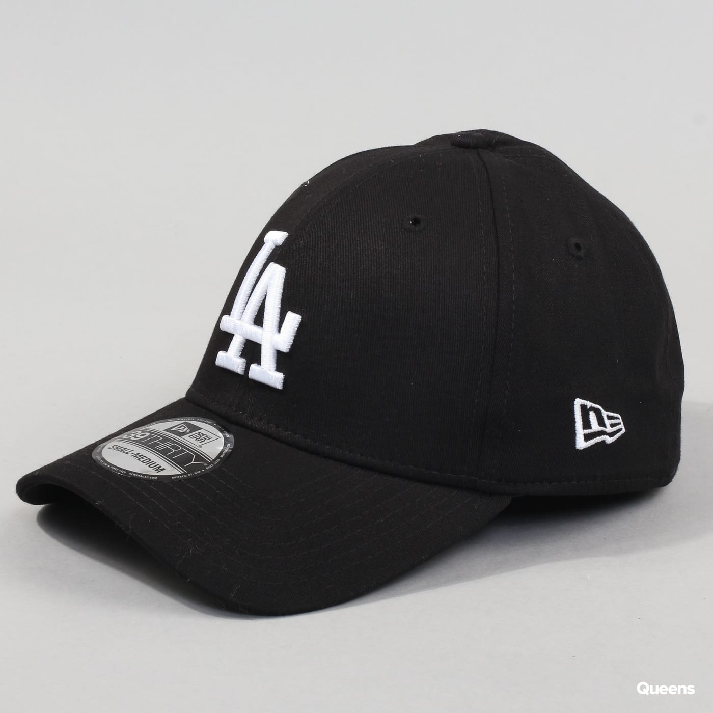 New Era 3930 MLB League Essential LA black / white