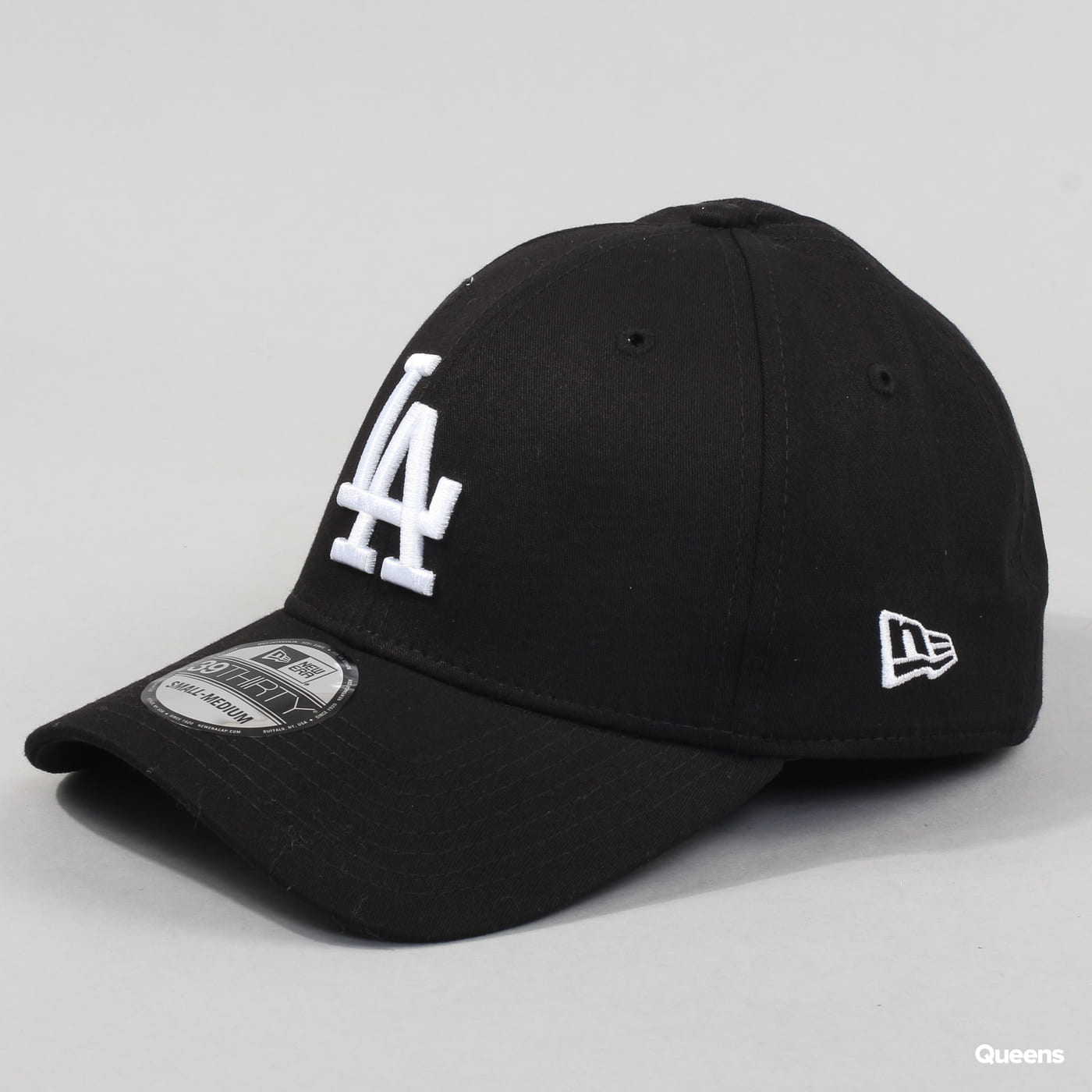 New Era 3930 MLB League Essential LA C/O schwarz / weiß