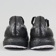 adidas UltraBOOST Uncaged core black / solid grey / ftwr white