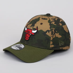 New Era 3930 Camo Team Stretch Bulls