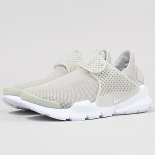 Nike WMNS Sock Dart BR