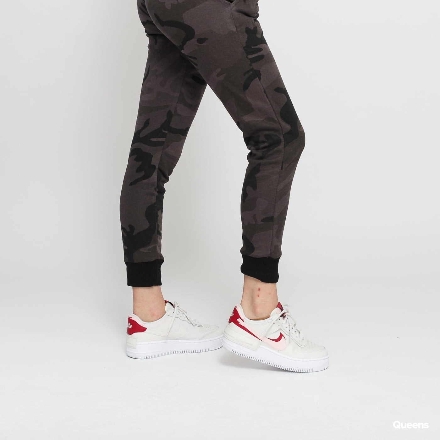Urban Classics Ladies Camo Terry Pants dunkelgrau camo