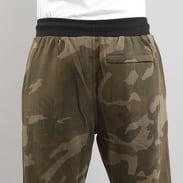 Urban Classics Camo Sweat Pants camo zelené