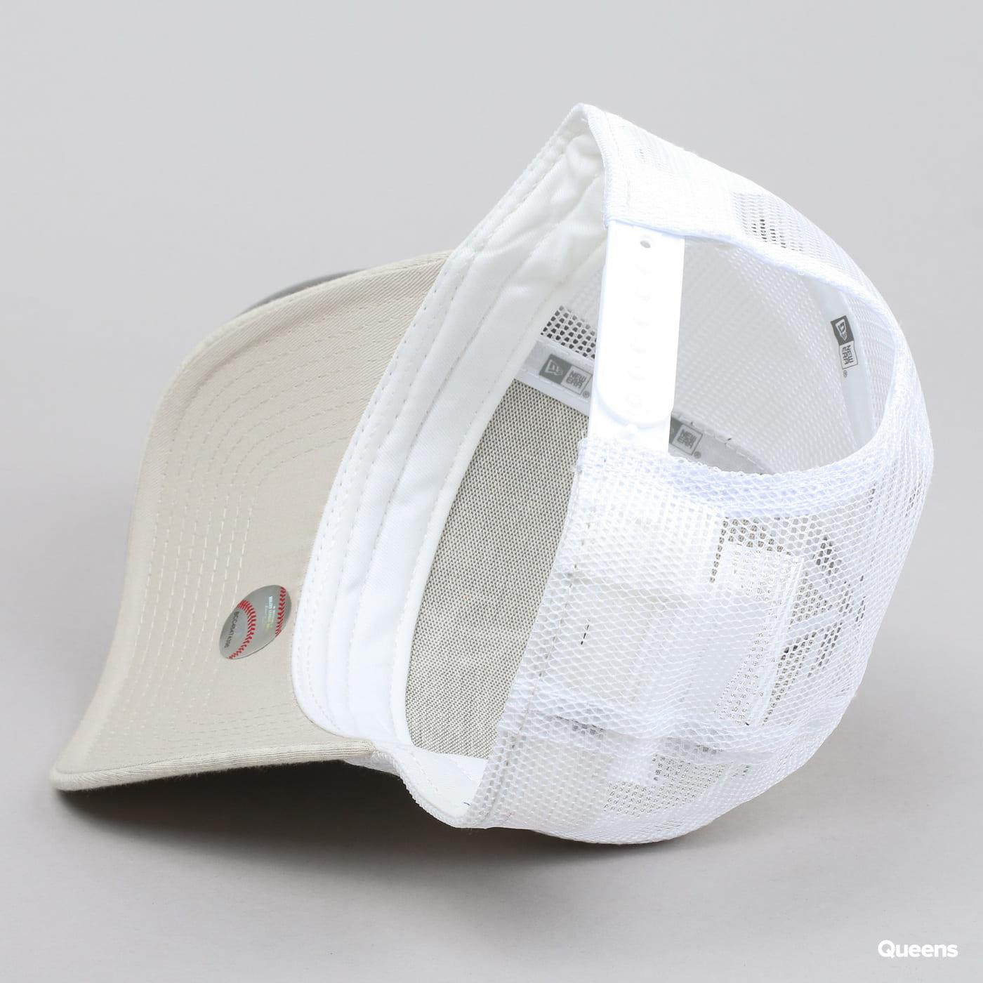 New Era WMNS Jersey Essential Trucker A melange creme / weiß / beige