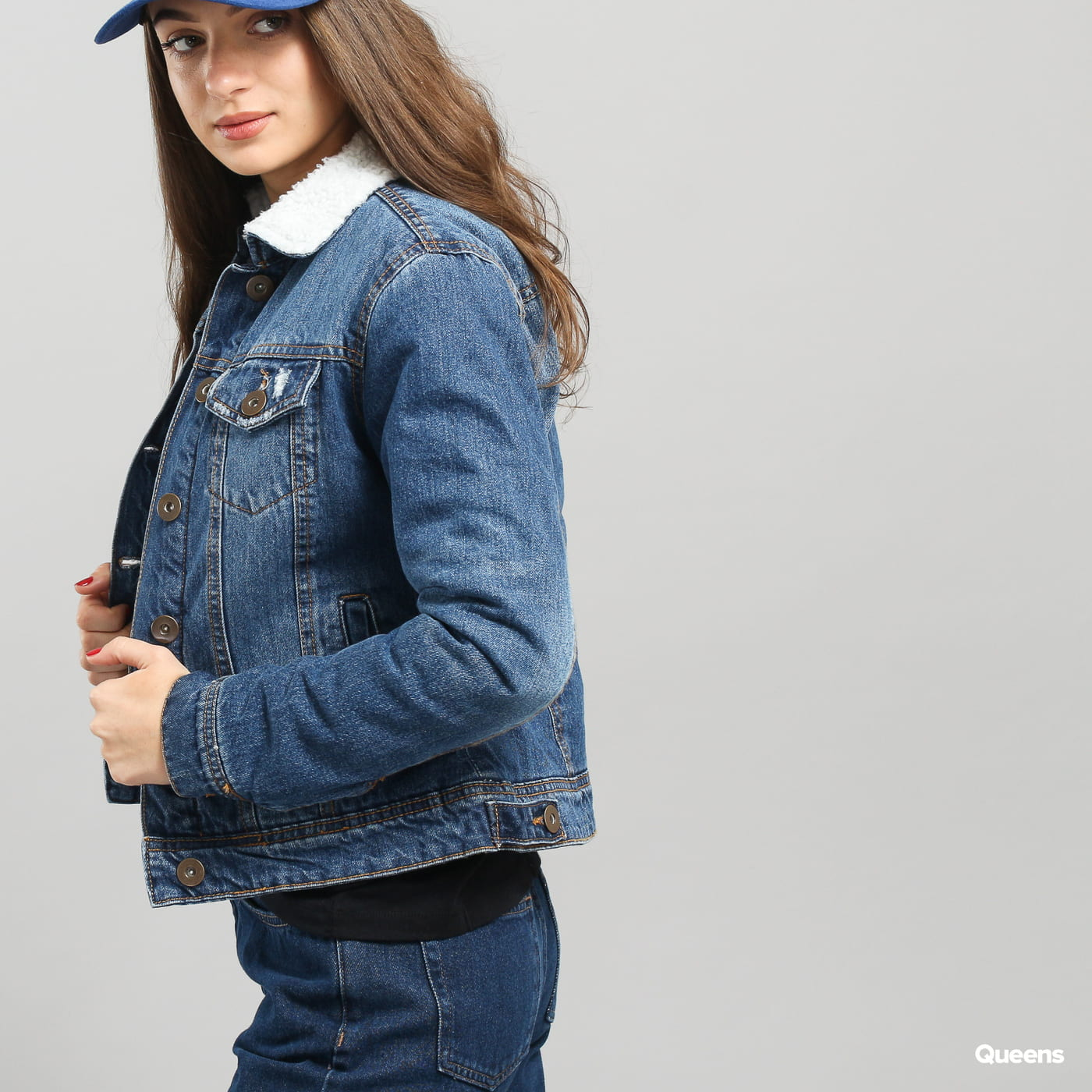 Urban Classics Ladies Sherpa Denim Jacket blue washed