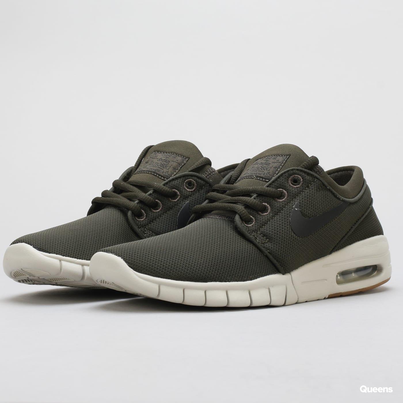 6be9841507c Levné dámské boty Nike – Queens 💚