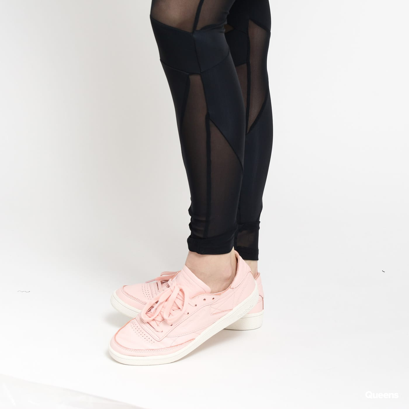 Urban Classics Ladies Triangle Tech Mesh Leggings čierne