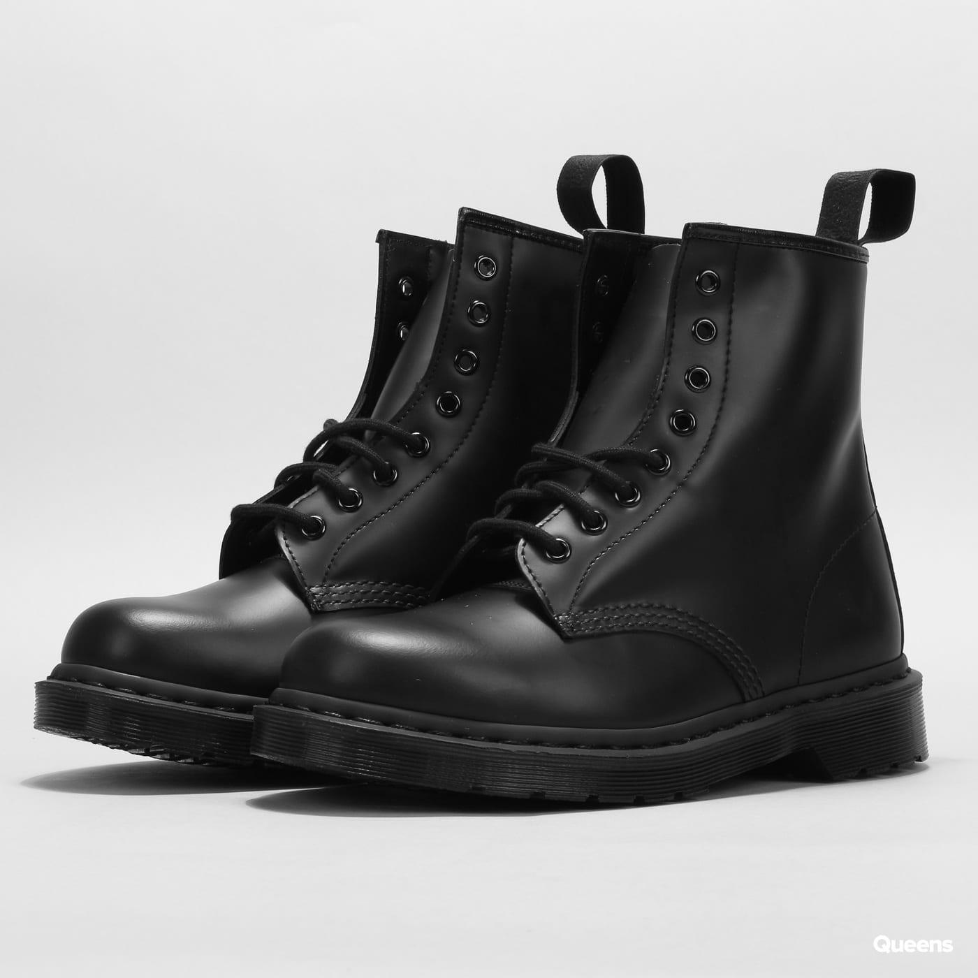 e87daa927e0 Pánské zimní boty Dr. Martens 1460 Mono (DM14353001) – Queens 💚