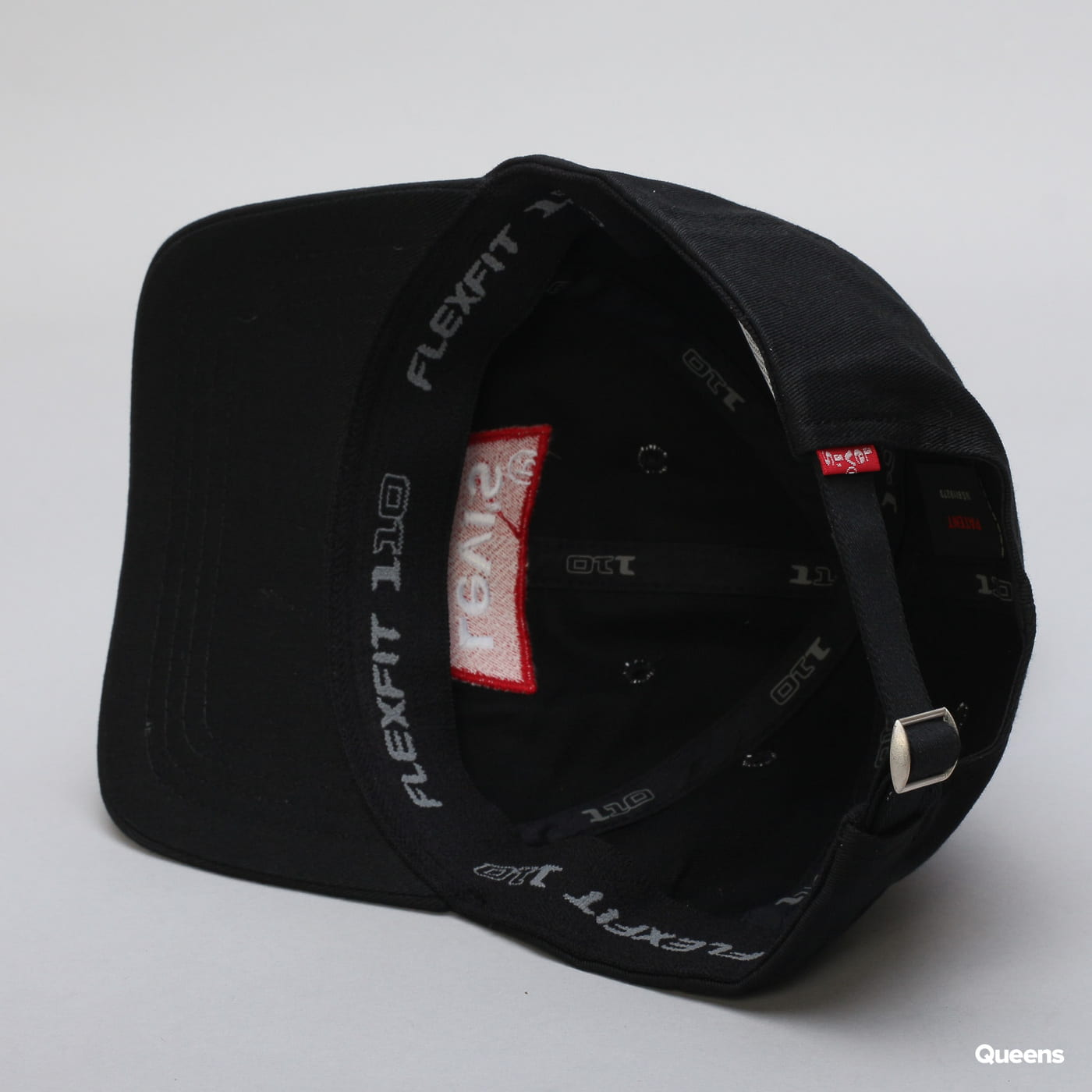 Levi's ® Big Batwing Flex Fit black