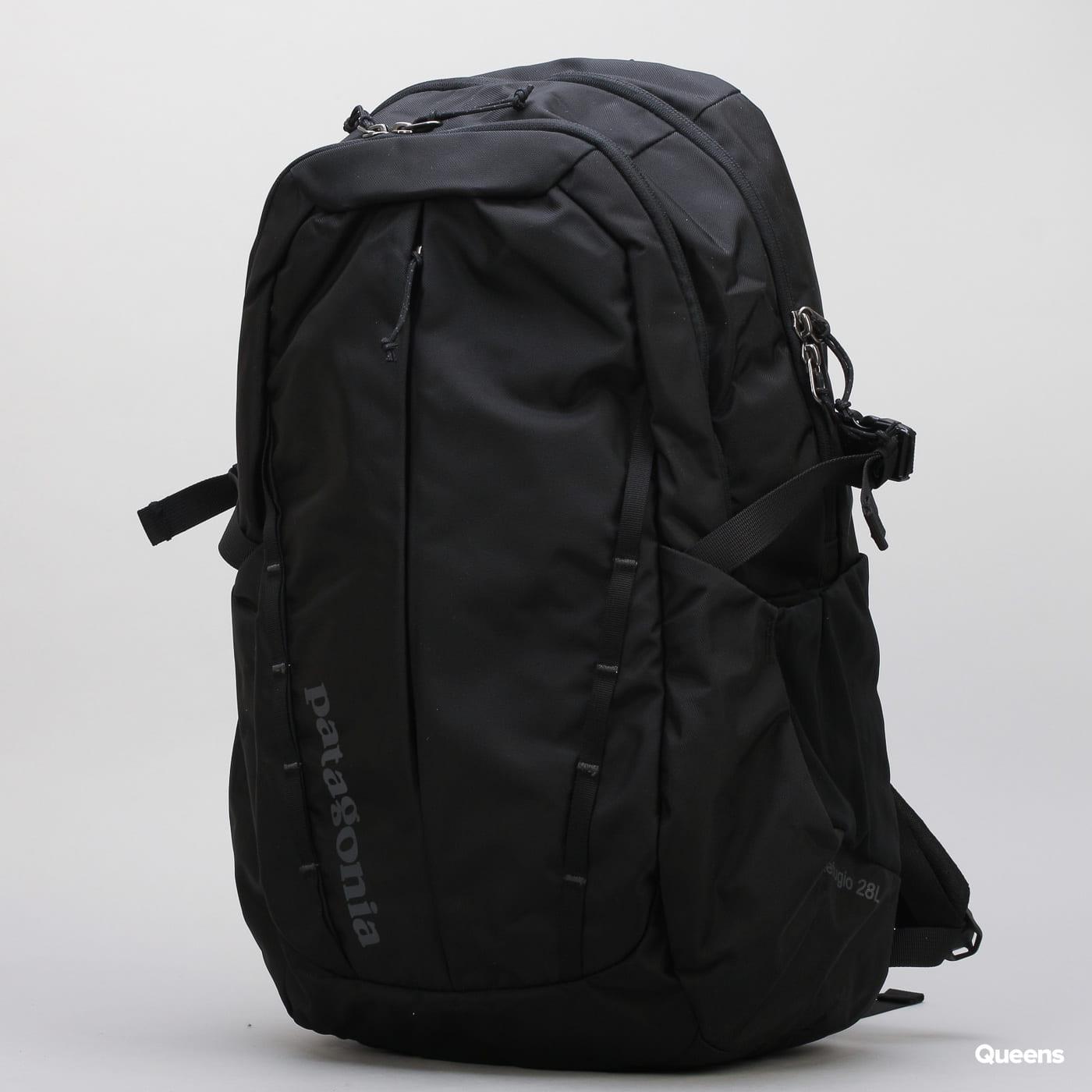 Patagonia Refugio Pack 28L čierny