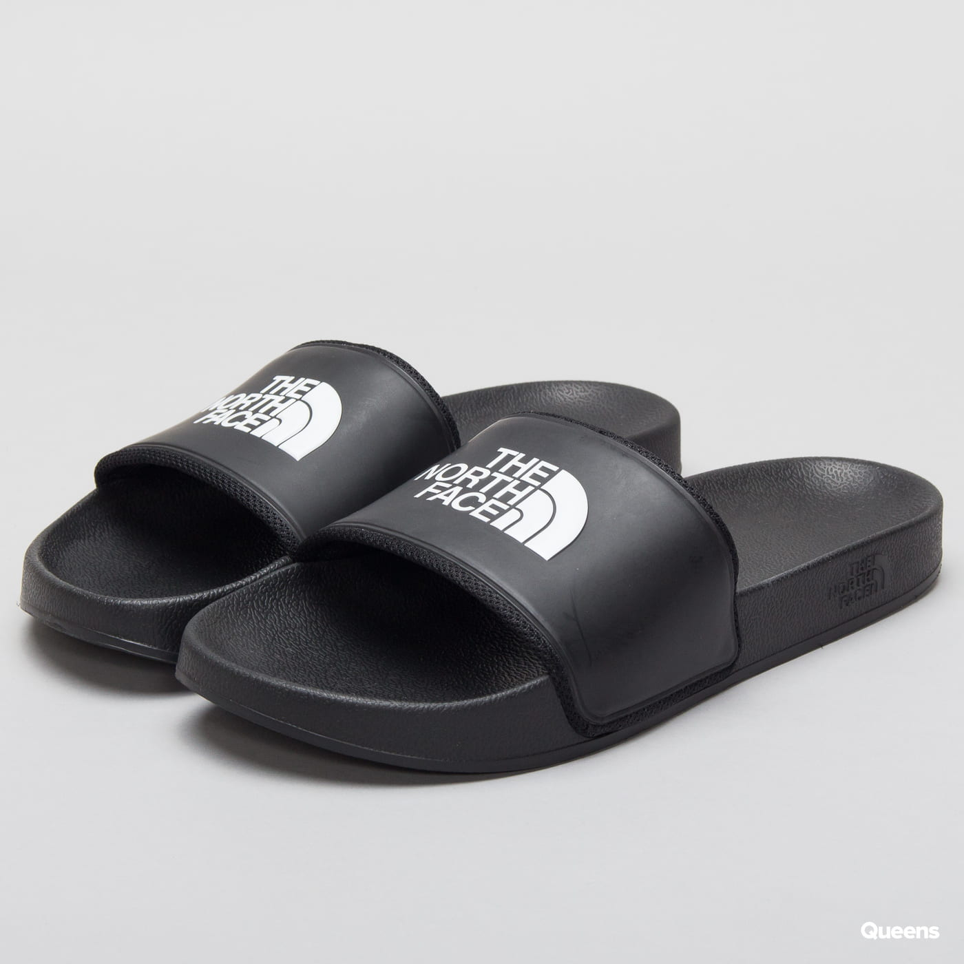 The North Face M Base Camp Slide II tnf black / tnf white