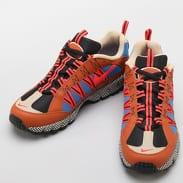 Nike Air Humara '17 QS dark russet / habanero red