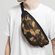 Urban Classics Camo Shoulder Bag camo zelená