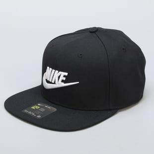 5d7a30e03a4 Kšiltovky Nike – Queens 💚