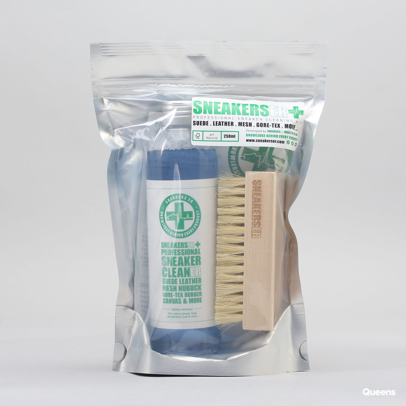 SNEAKERS ER Sneaker Cleaning Solution & Brush Kit