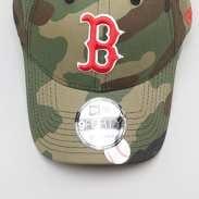 New Era 940 Camo Team Boston Red Sox camo zelená / červená