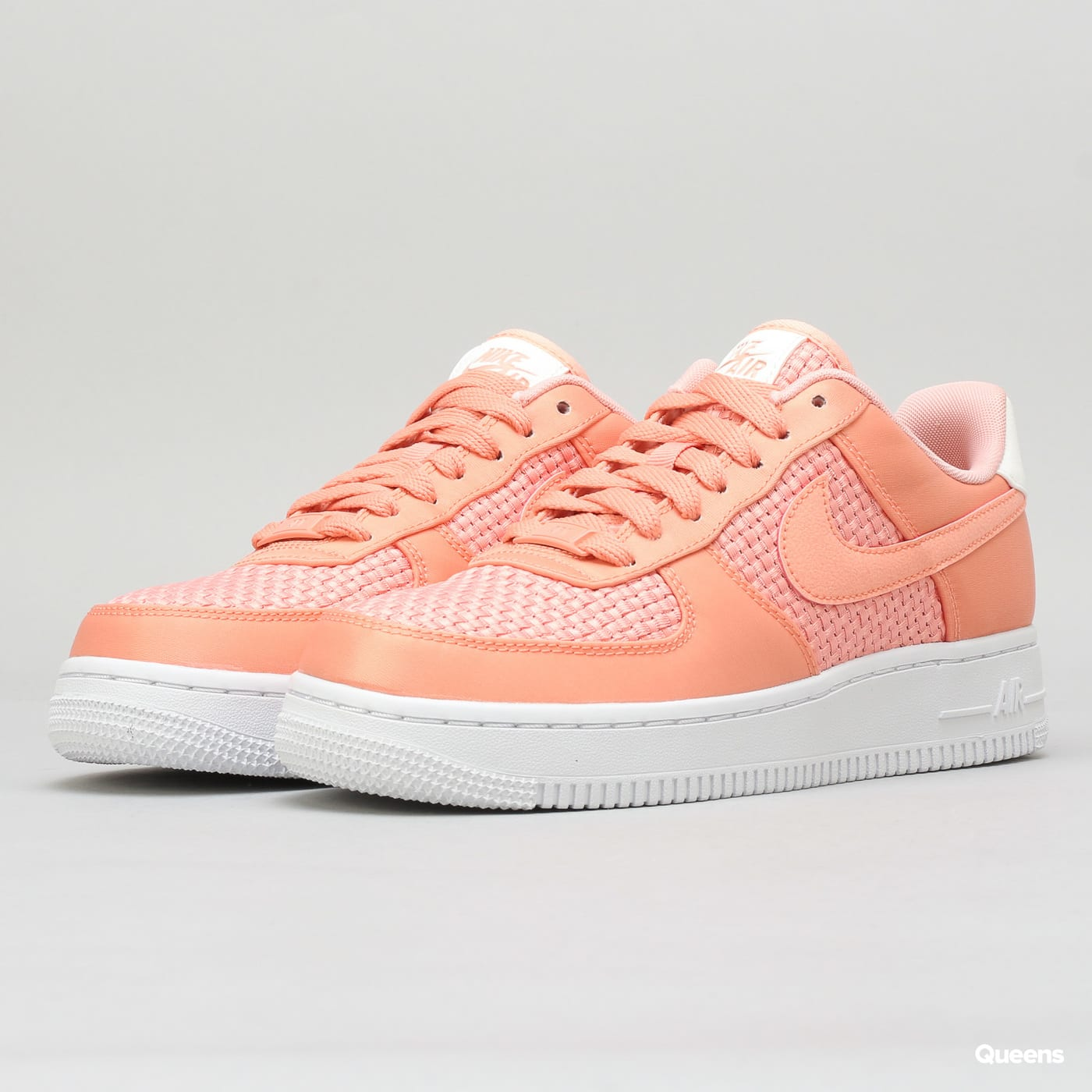 official photos ada34 55607 Nike WMNS Air Force 1  07 SE (AA0287-601)– Queens 💚