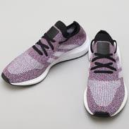 adidas Swift Run PK hirered / ftwwht / cblack