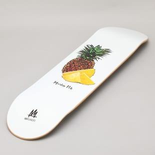 Ambassadors Martin Pek - Pineapple