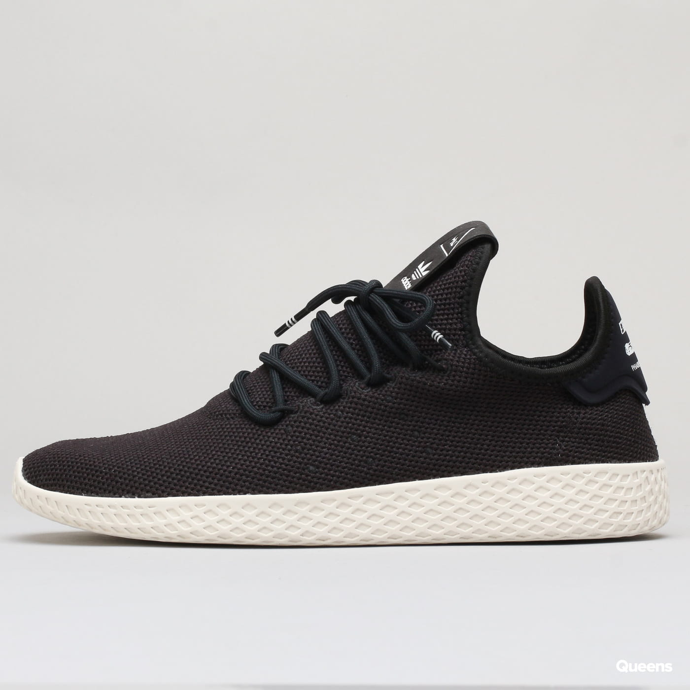 adidas Originals Pharrell Williams Tennis HU cblack / cblack / cwhite