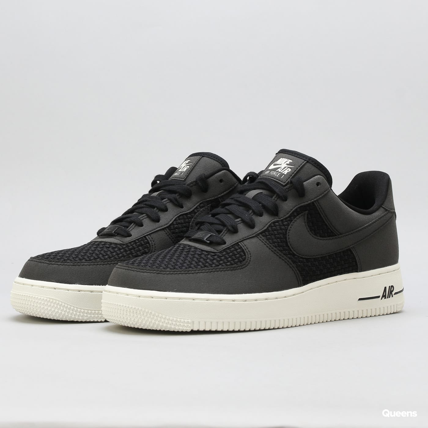 ce199663b40f6 Boty Nike Air Force 1 Lo (AQ8624-001) – Queens ...
