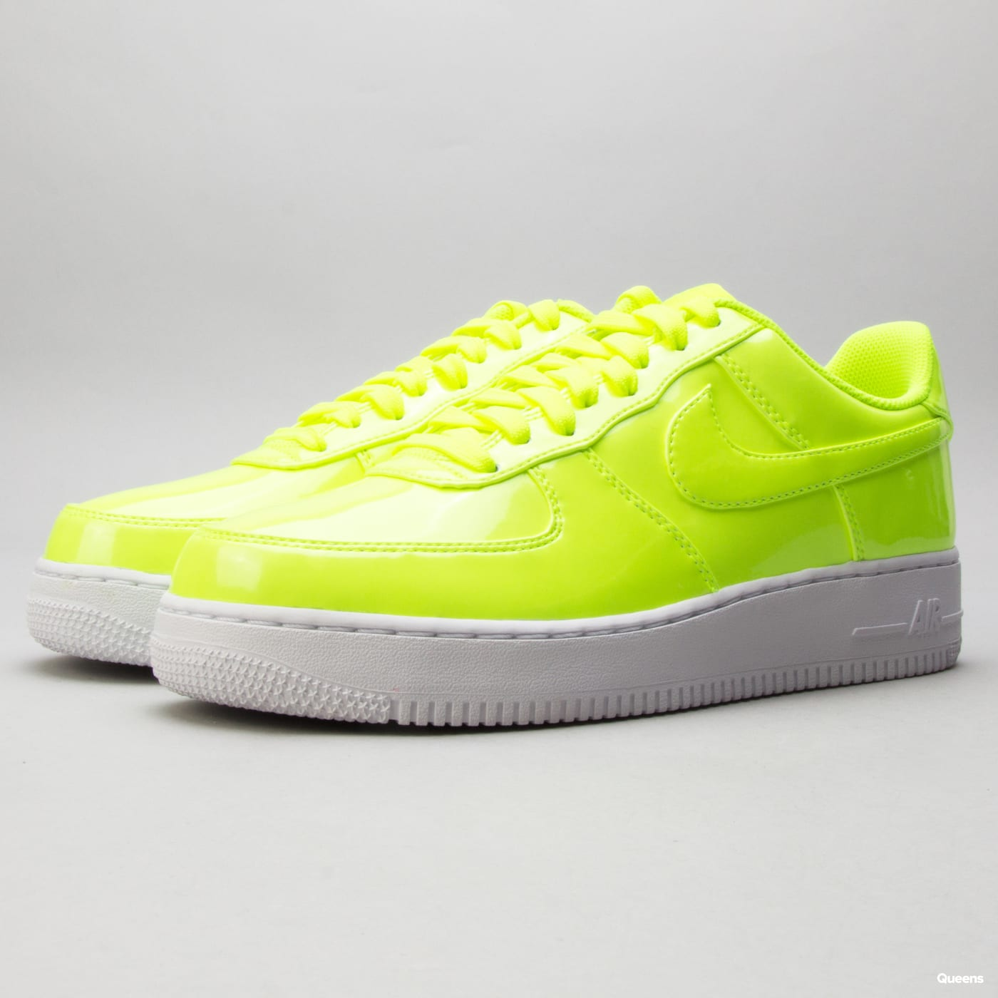 sale retailer f7d70 844f7 Sneakers Nike Air Force 1  07 LV8 UV (AJ9505-700)– Queens 💚