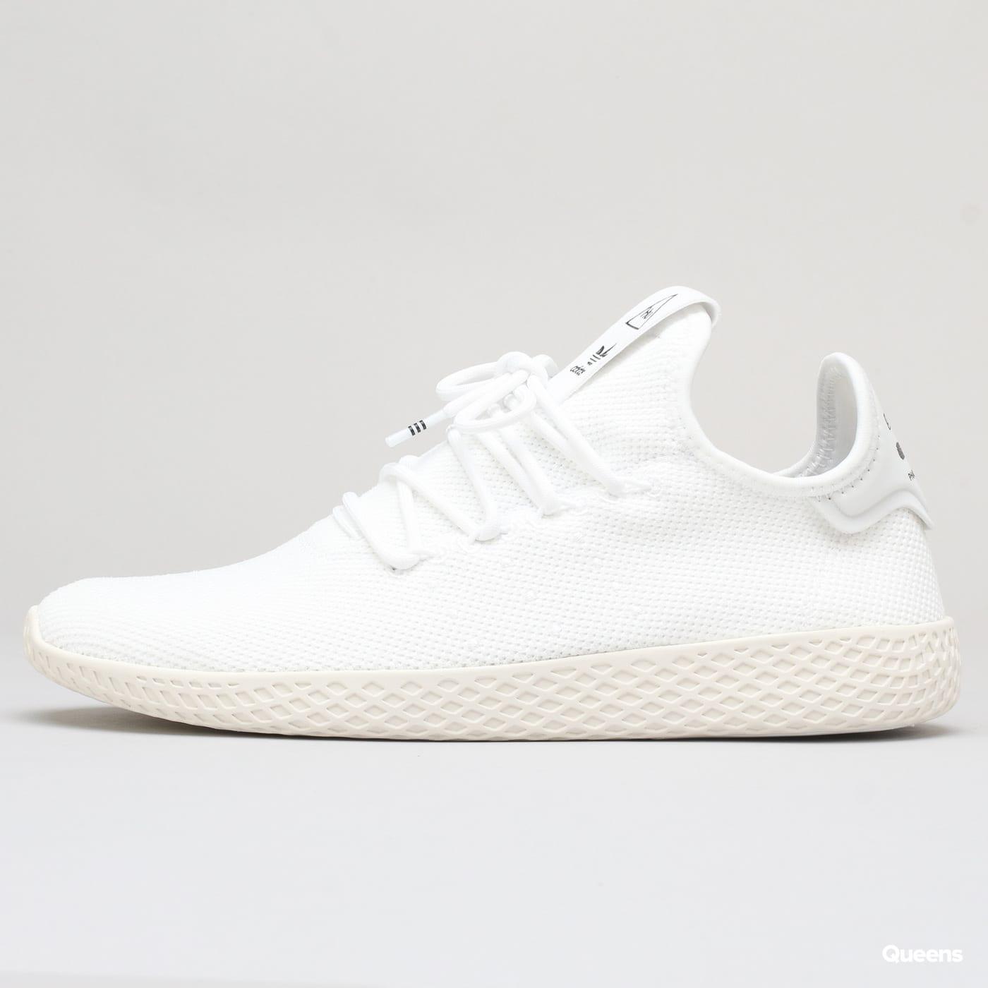 Zoom in Zoom in Zoom in Zoom in Zoom in. adidas Pharrell Williams Tennis HU  ftwwht   ftwwht   cwhite 7cd3011b1