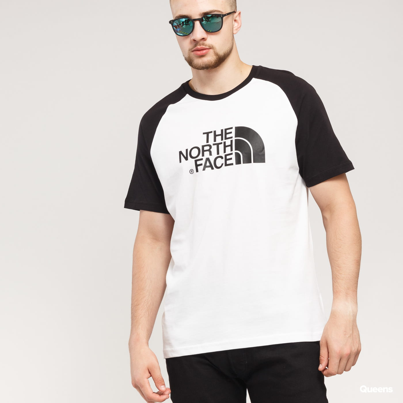 The North Face M SS Raglan Easy Tee white / black