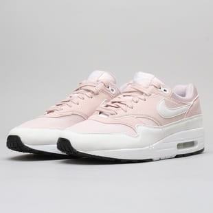 sale retailer 404af f9a81 Nike WMNS Air Max 1