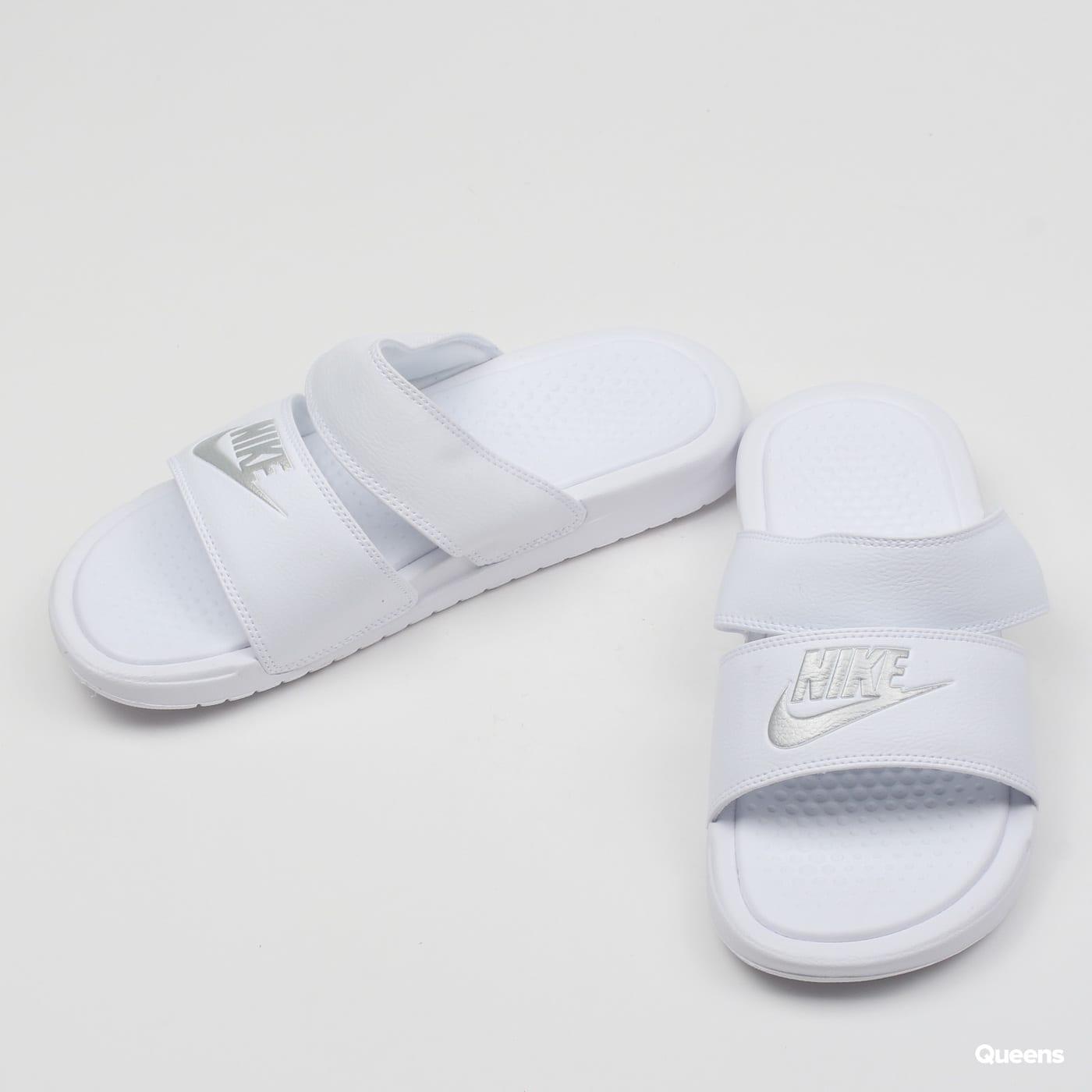 separation shoes 549f0 0f68e ZvětšitZvětšitZvětšitZvětšitZvětšit. Nike WMNS Benasi Duo Ultra Slide ...