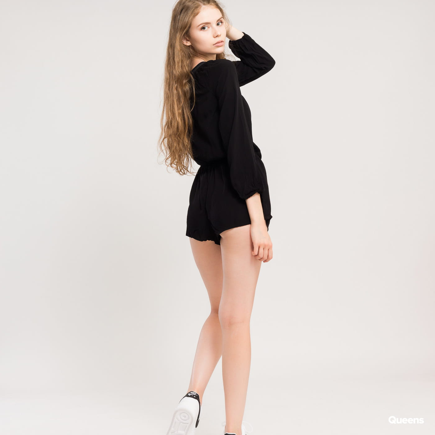 Urban Classics Ladies Short Longsleeve Overall čierny