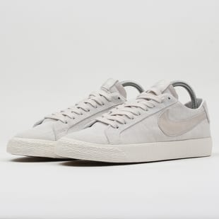 Nike SB Zoom Blazer Low Canvas Decon